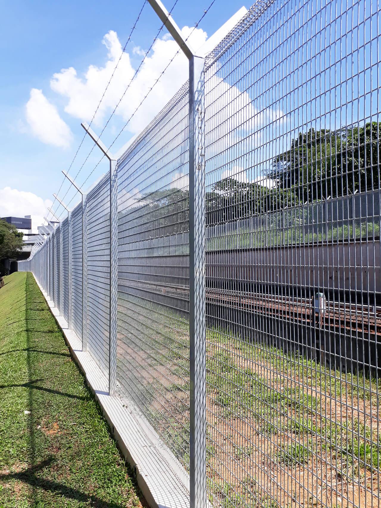 C1382 Security Fencing Works - Swee Builders Pte Ltd